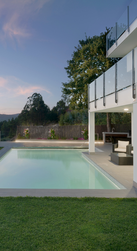 pt-home_pool1